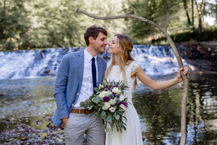 poroka pri Novakovem mlinu